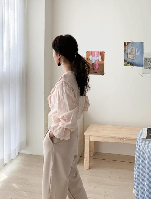 Silhouette ruffle blouse 襯衫