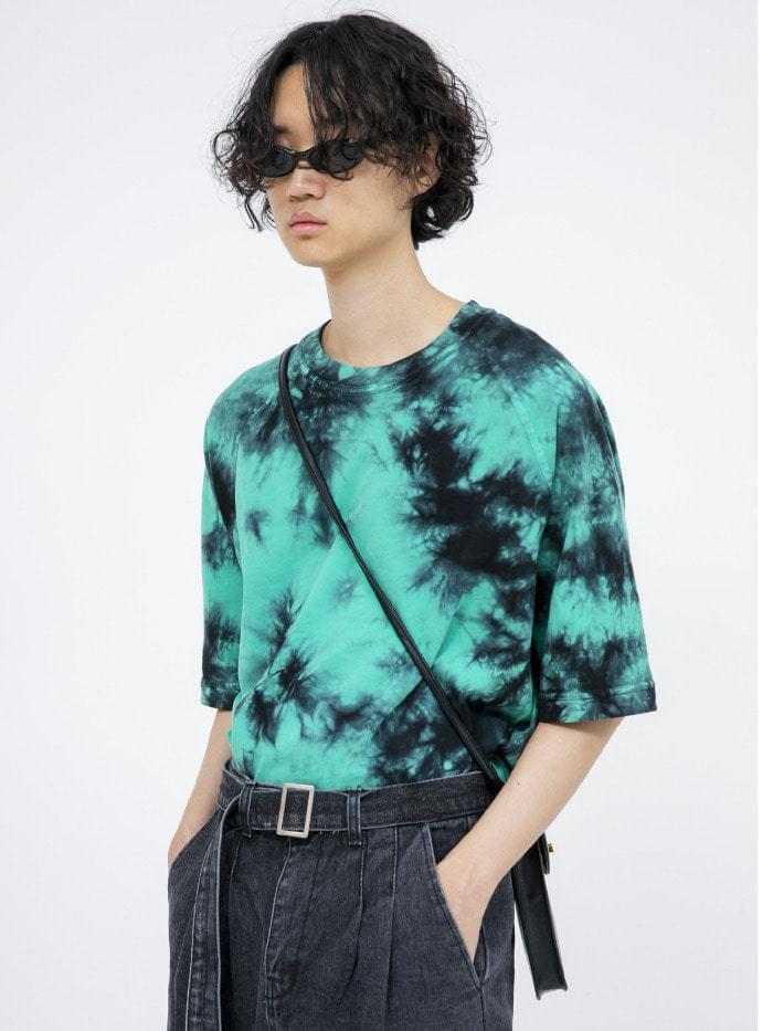 green tie-dye raglan 1/2 T - men 短袖上衣
