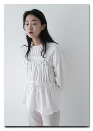 cotton flared banding blouse
