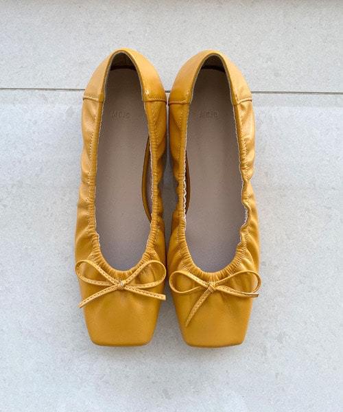 Square Ribbon Flat Shoes