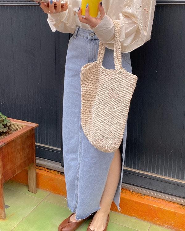 Deep Slit Denim Long Skirt