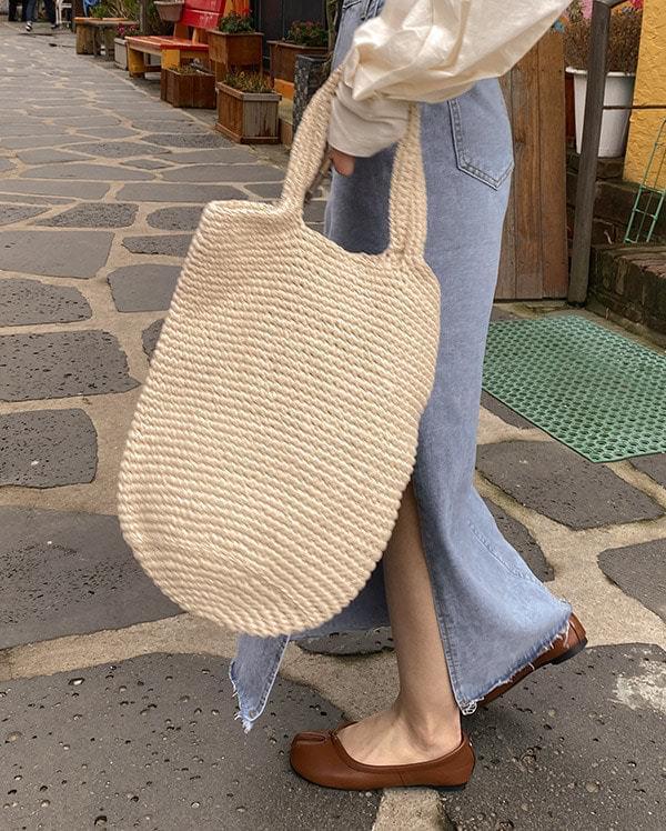 Dongle Knit Shoulder Bag