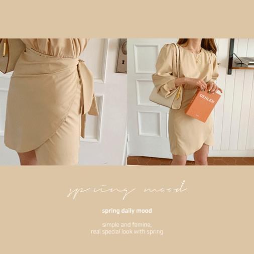 Feminine More Wrap Mini Dress 洋裝