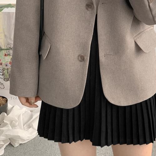 翻蓋口袋墊肩雙釦西裝外套