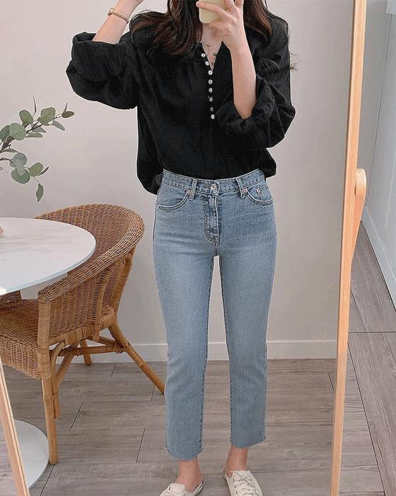 라운드 자개 셔링 blouse - 2color