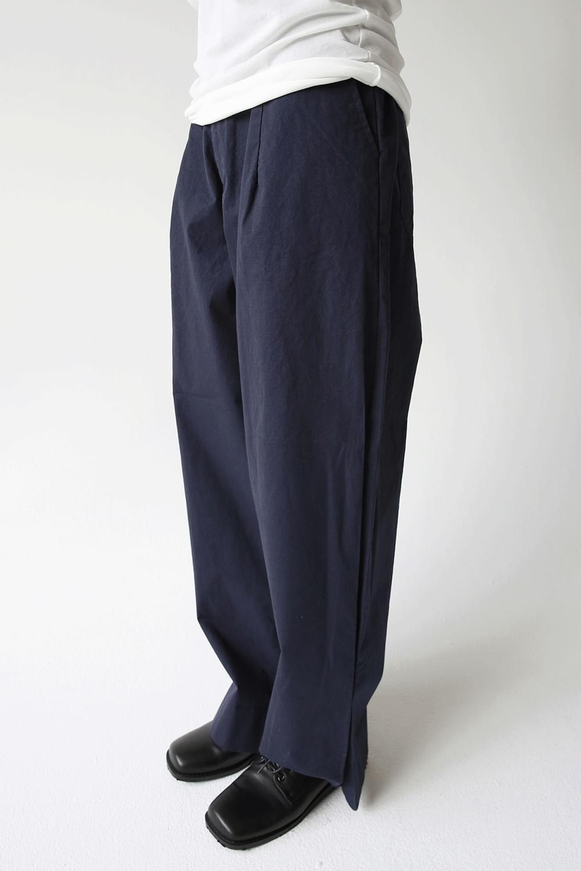 wide banding pants