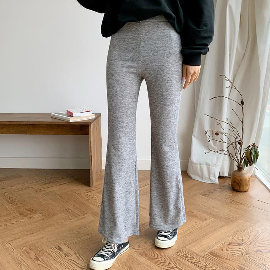 Eve Boots Cut Bending Pants