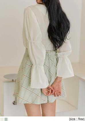 KATE SHIRRING SQUARE NECK BLOUSE ブラウス