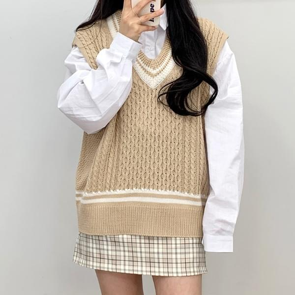 Color waffle knit vest