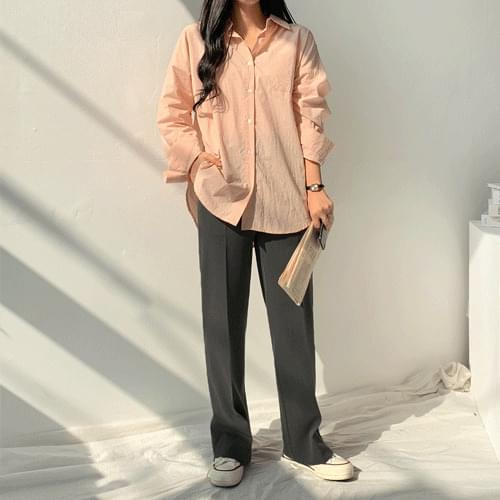 Pastel bio-wash shirt-shirt with subtle color and loose fit blouses