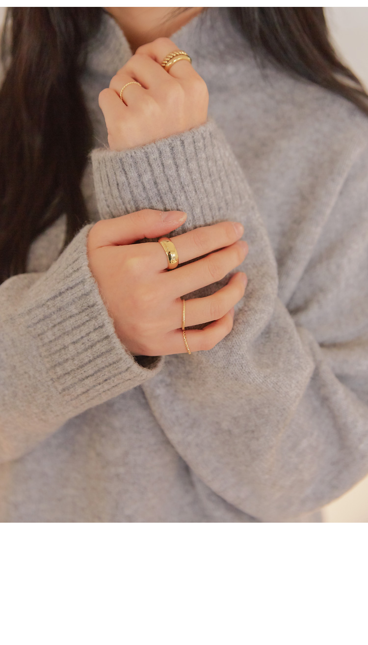 OVERR LAYERED RING 5 SET
