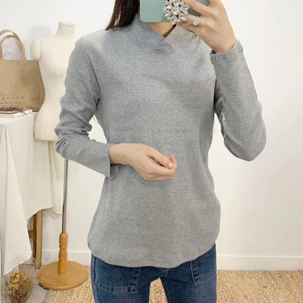 Dyna-round collar neck long-sleeved T-shirt