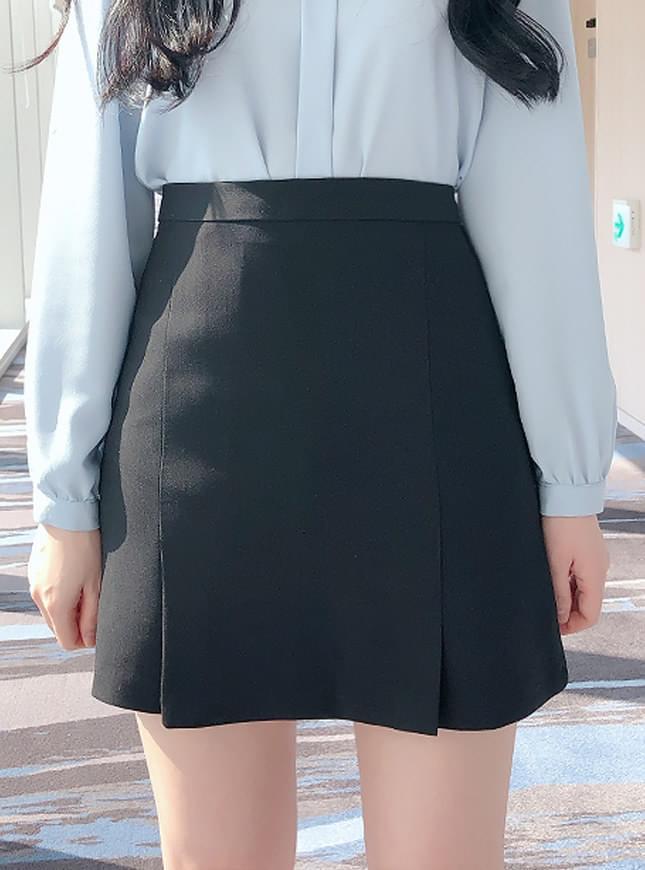 신상할인♥단정 주름 미니스커트(화이트,블랙)