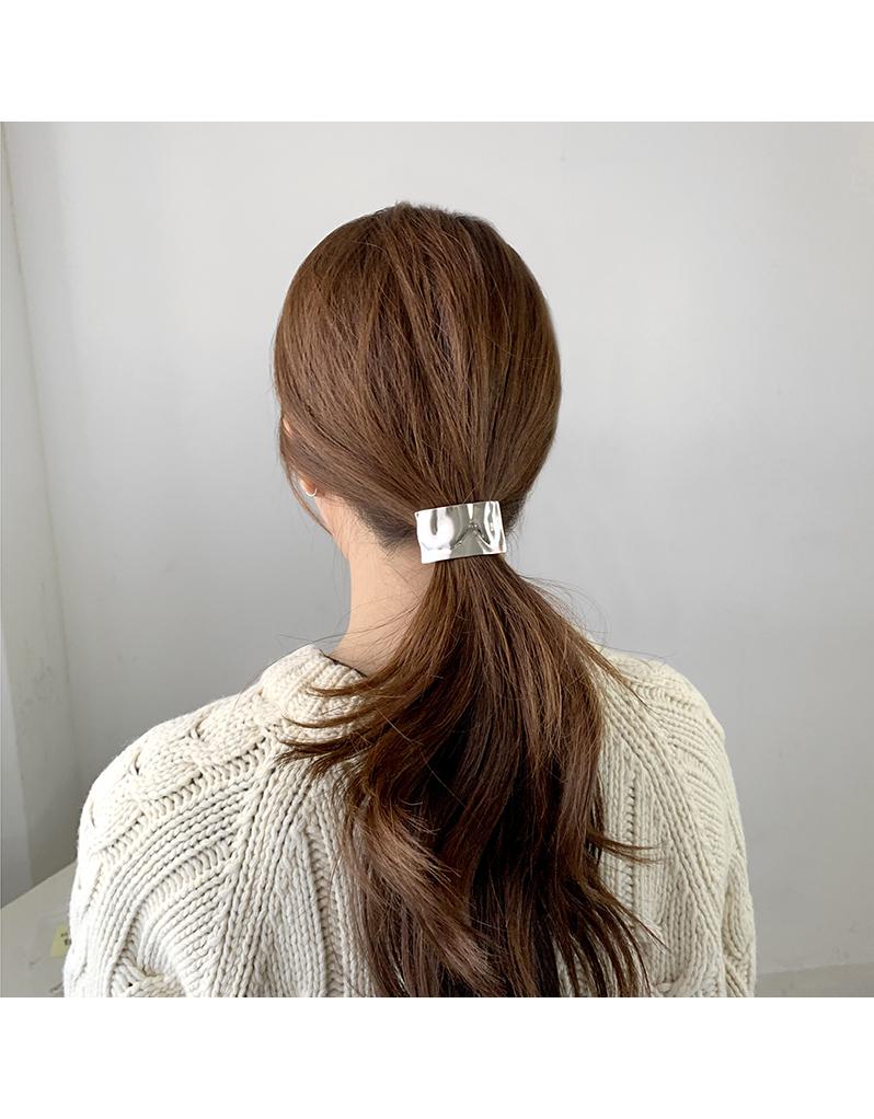 Square metal braid