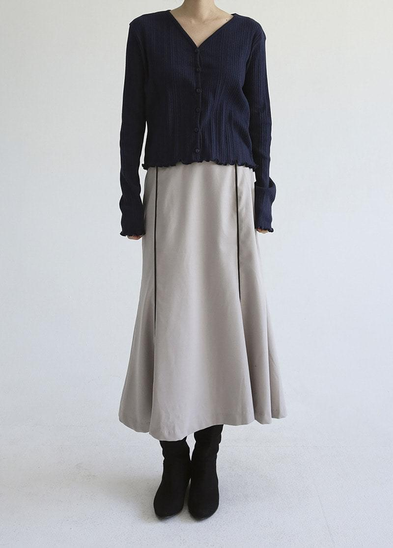 Two-line silky skirt 裙子