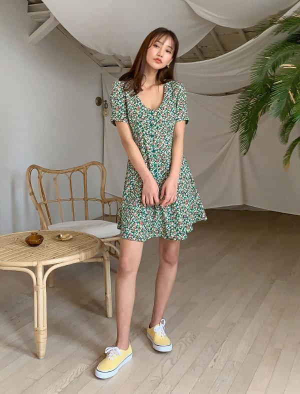 Deep U Neck Flower Mini Dress 洋裝