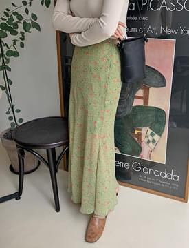 Soft flower long skirts_Y (size : free)