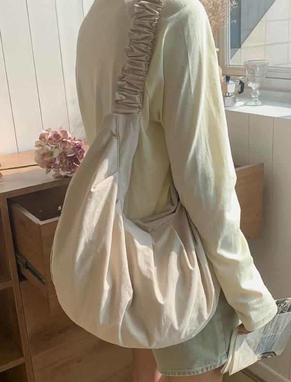 Shirring Strap Half Moon Cotton Bag 帆布包