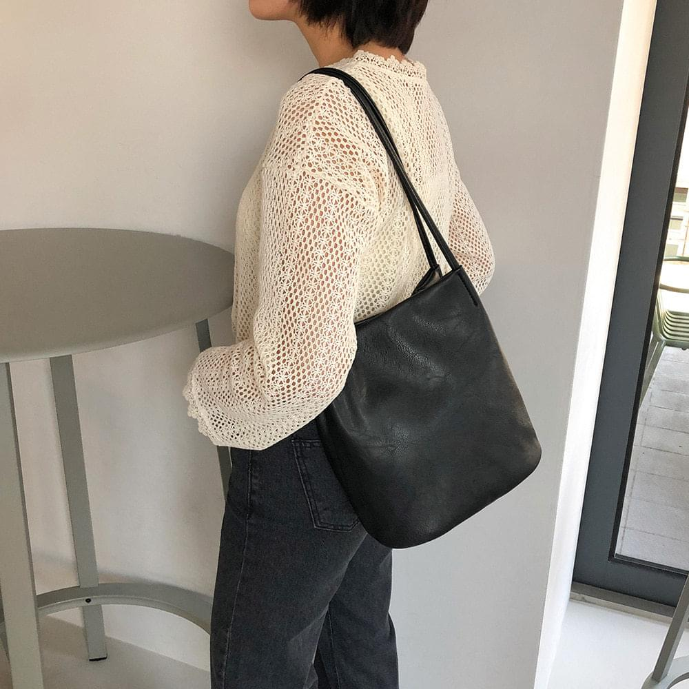 PIU Shoulder Bag 肩背包