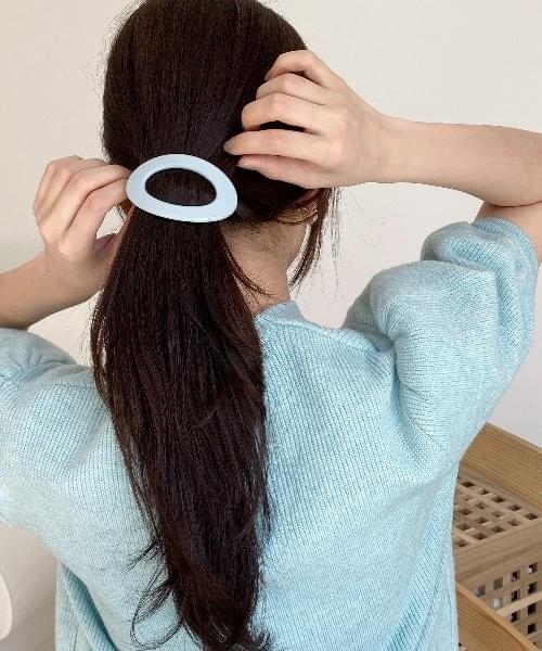 light hair pin