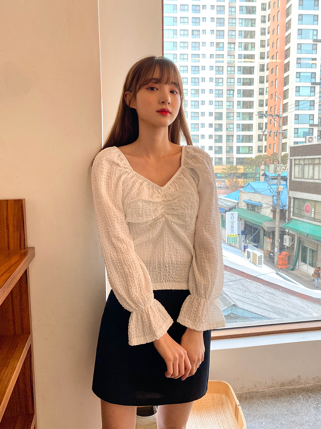 Nyou puff blouse