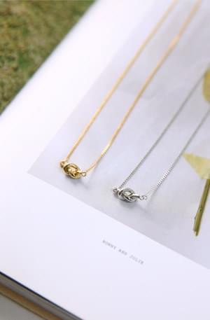 Zem No.438 (necklace)