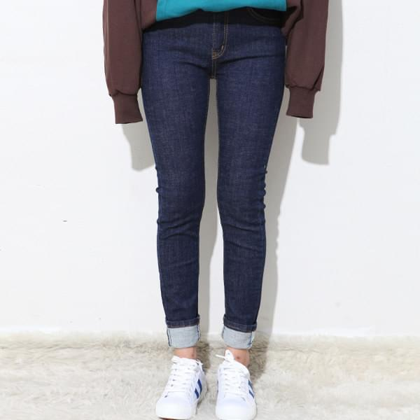 Modern Slab Skinny P