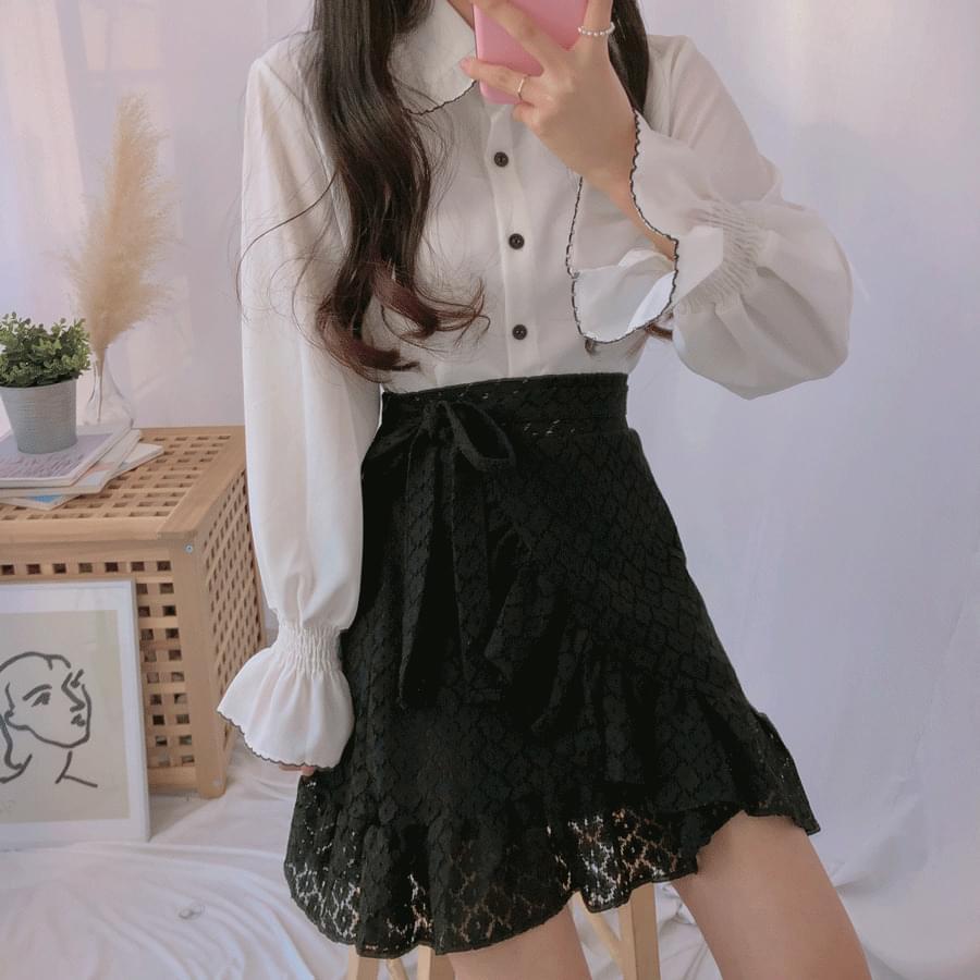 Cutie collar blouse
