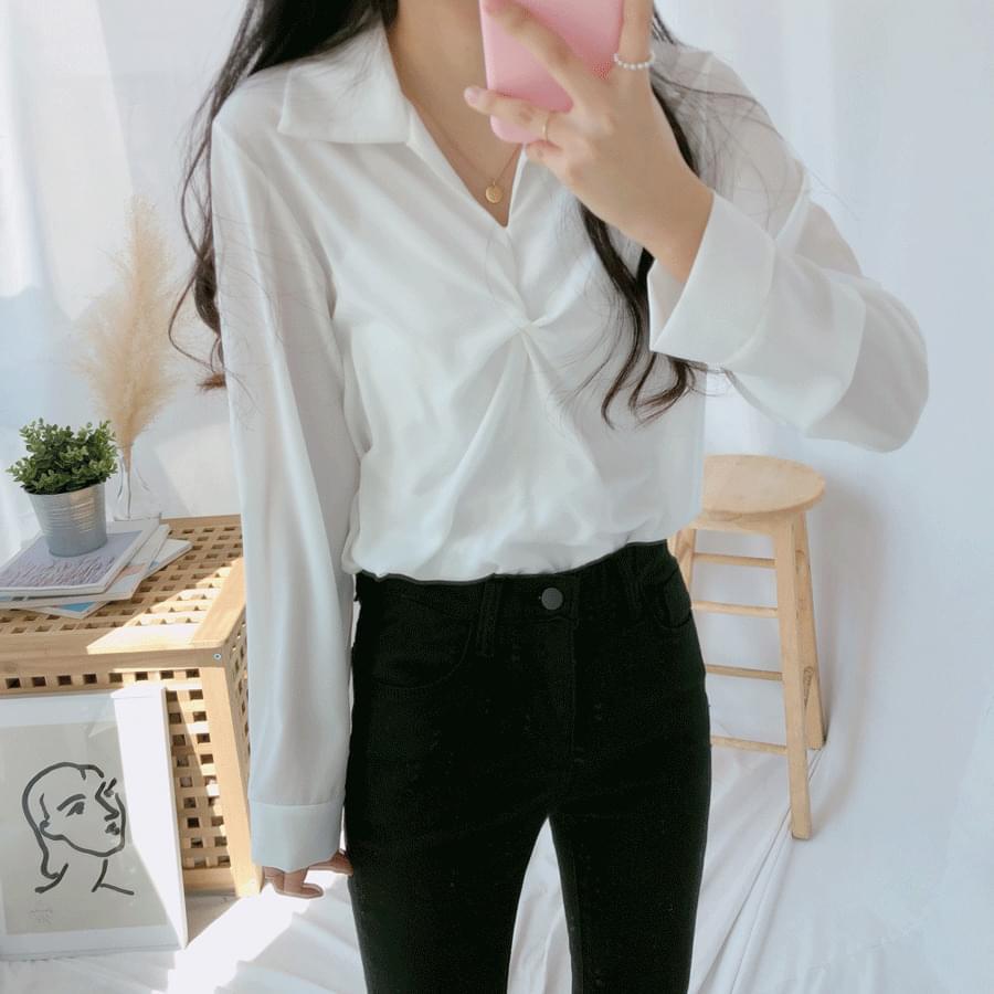 Collar twist blouse shirt