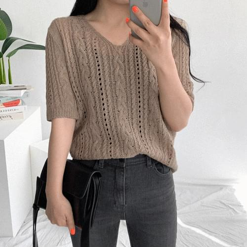 Scary short sleeve knit
