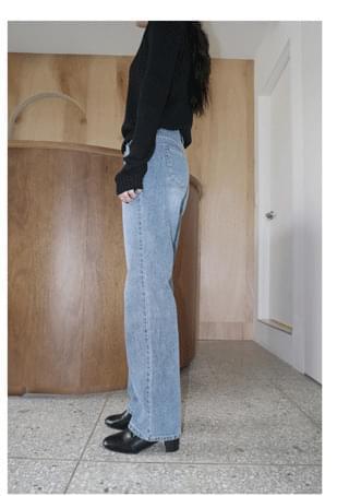 straight-fit rough washing jean デニムパンツ