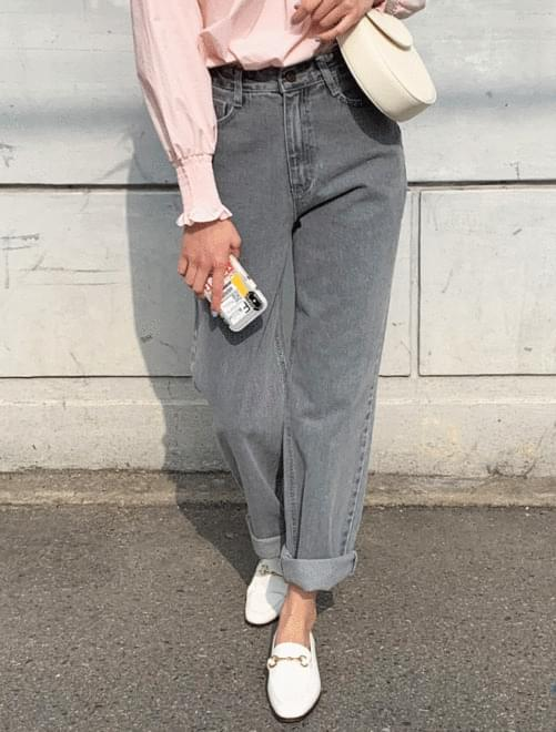 Icy gray denim pants 牛仔褲