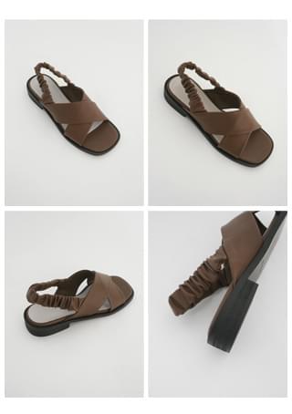 X-strap banding sandals