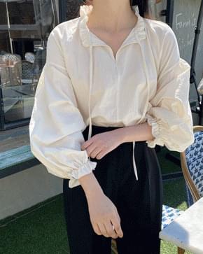 Bloom loose-fit cotton blouse