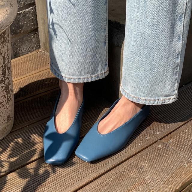 Slim Square Line Flat Shoes