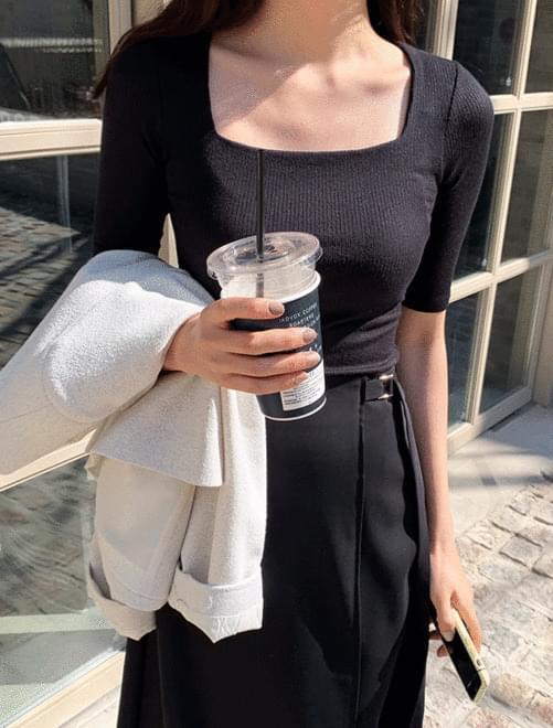 Square half t-shirt Short Sleeve