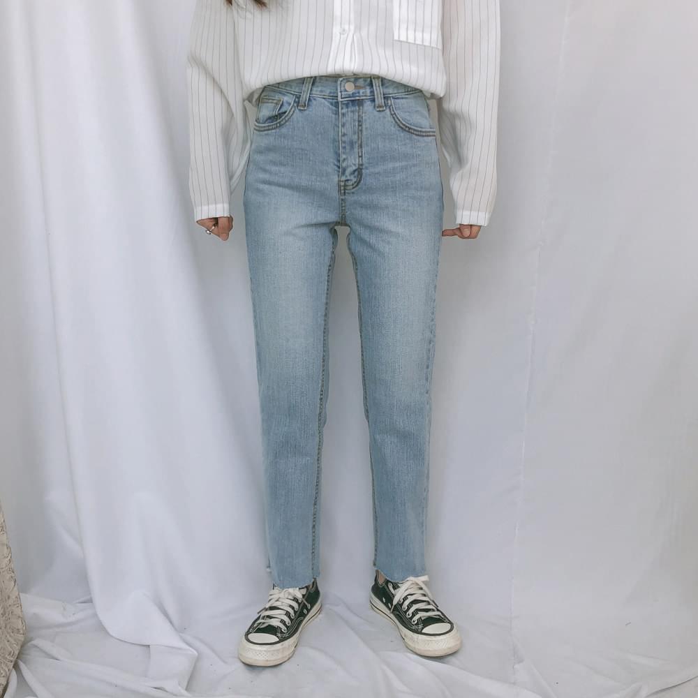 721 Slim Fit Straight Denim Pants