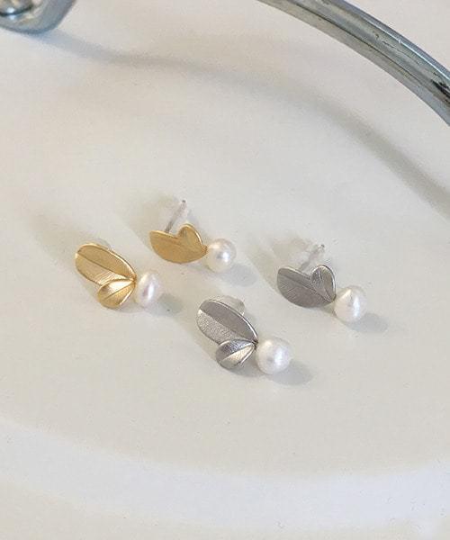 graine earring
