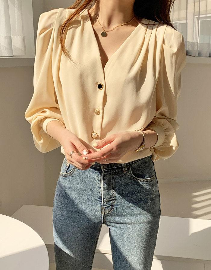 Mix Blanc Silky Blouse