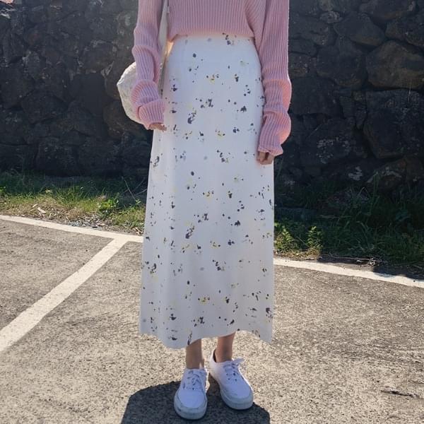 Rosette print skirt