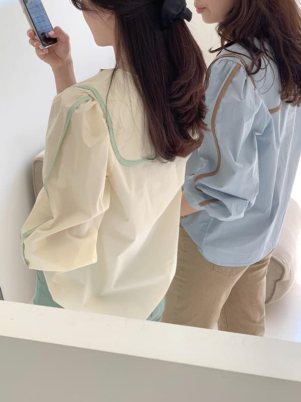Taping color blouse