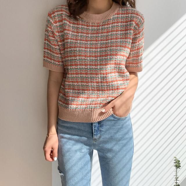 Color tweed pattern short-sleeved knit