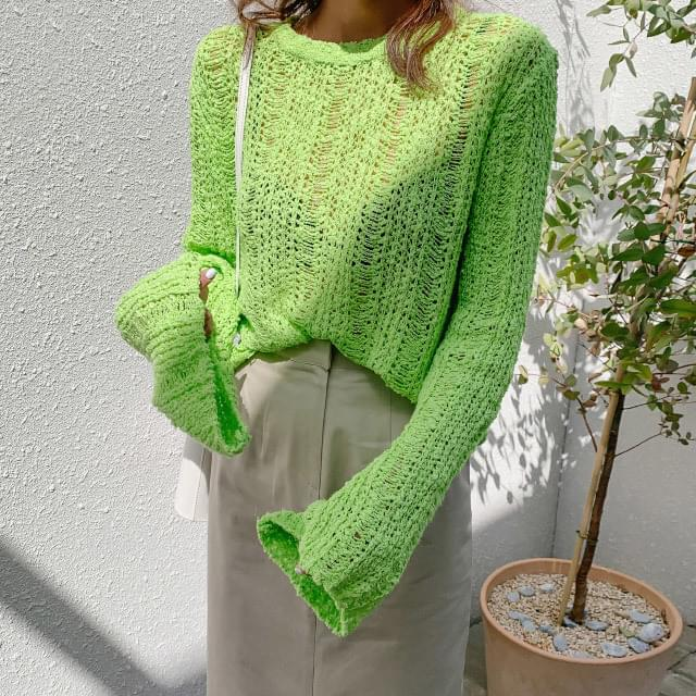 Wide sleeve punching net knit