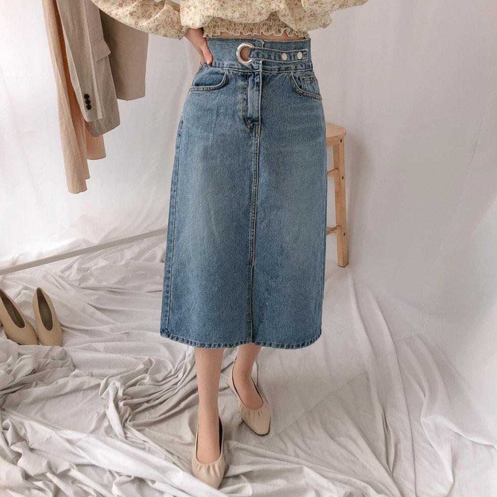 524 Ring Buckle Long Denim Skirt
