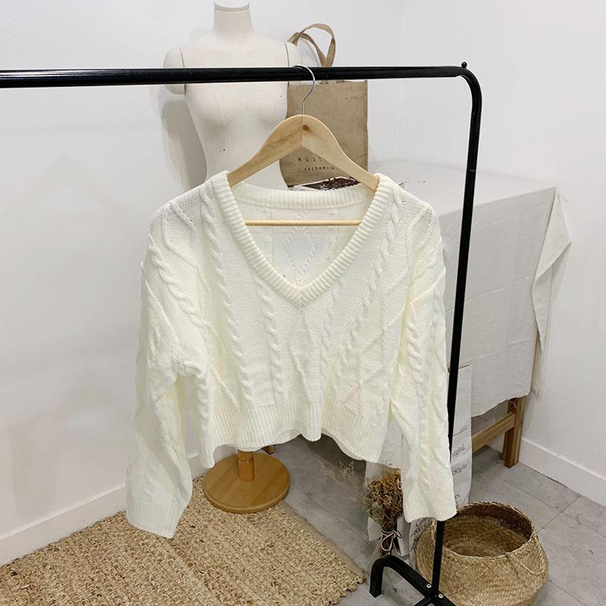 Hoppins short-sleeved V-neck cropped knit