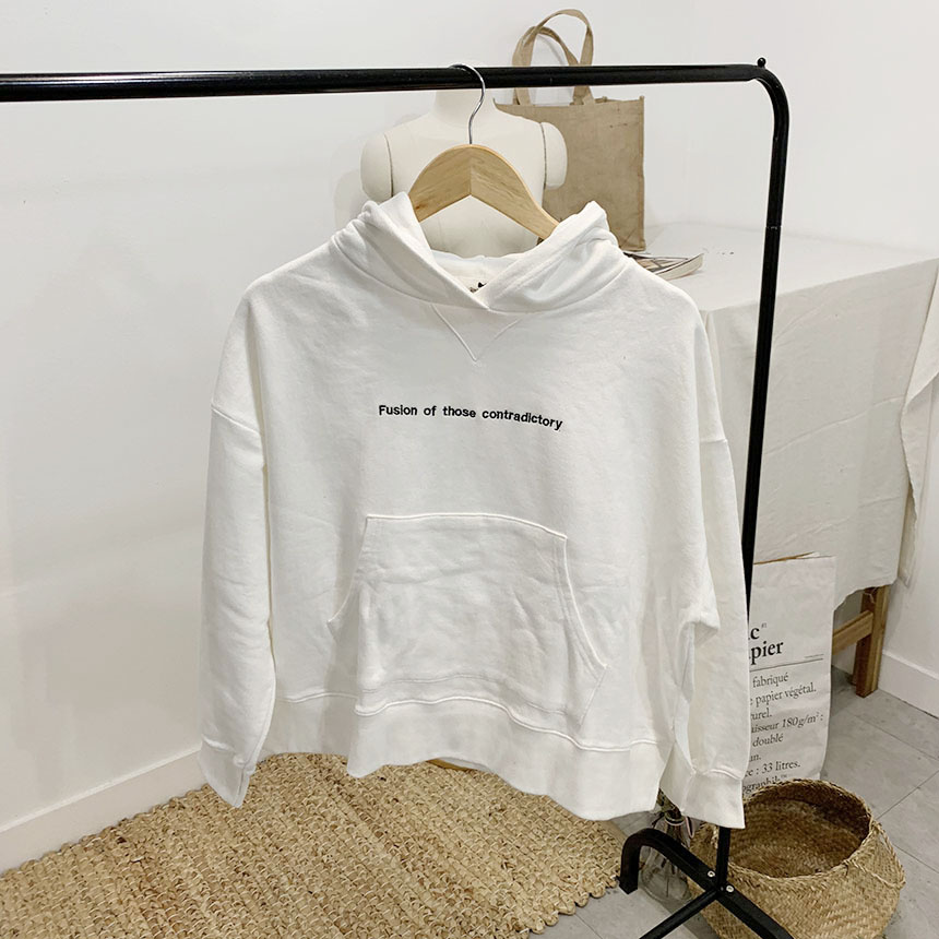 Fuzzy Lettering T-shirt