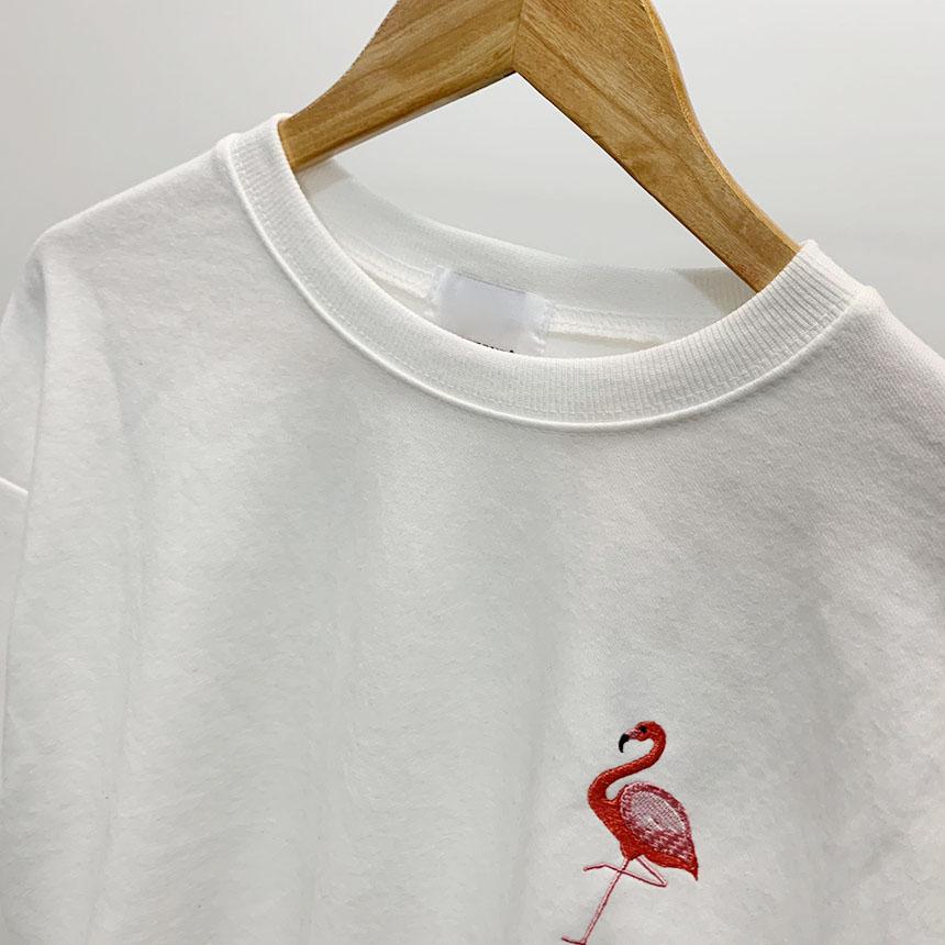 Flamingo embroidered round neck man-to-man