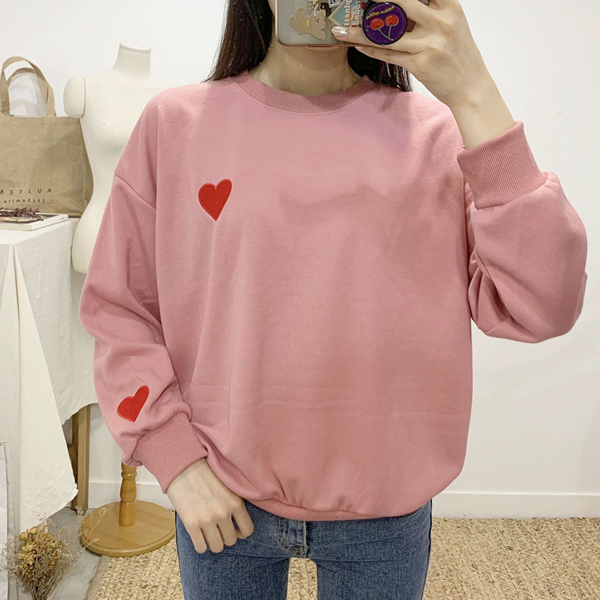Lovely heart color embroidered round neck sweat shirt
