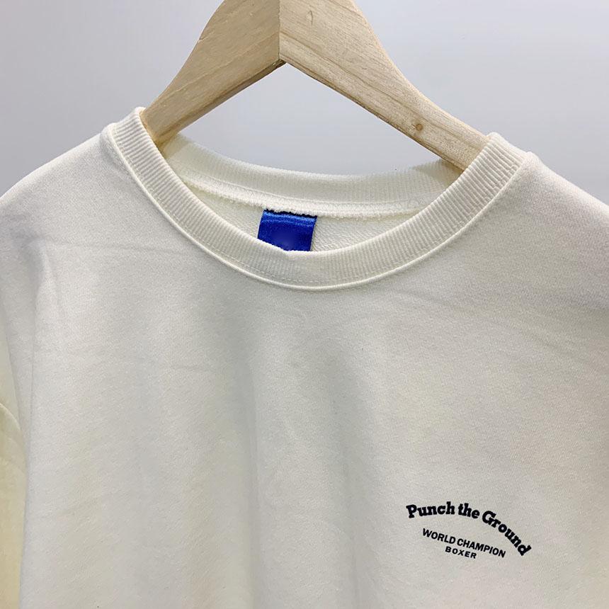 Punch printing round neck sweat shirt