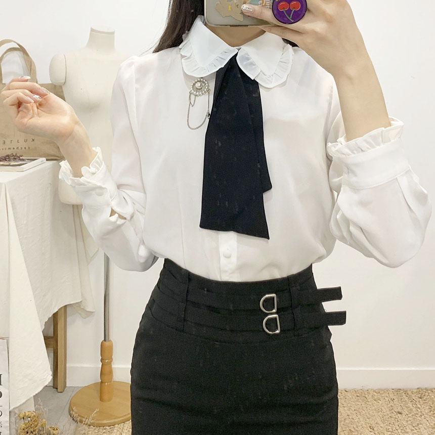 Paul In You brooch tie blouse
